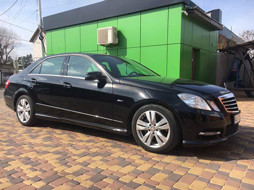 аренда Mercedes E-class в Киеве