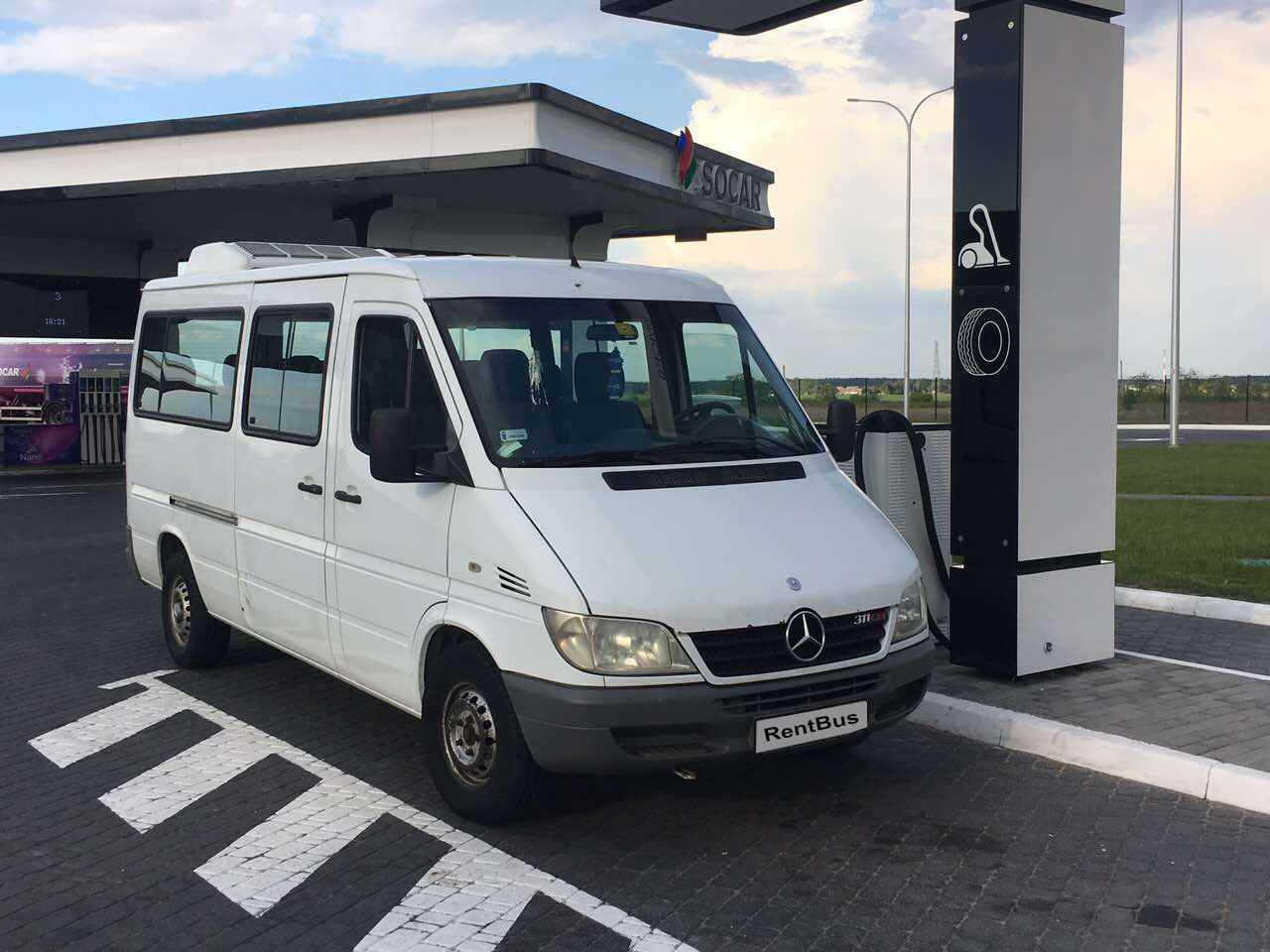 Заказ микроавтобуса с водителем Mercedes Sprinter 15 мест