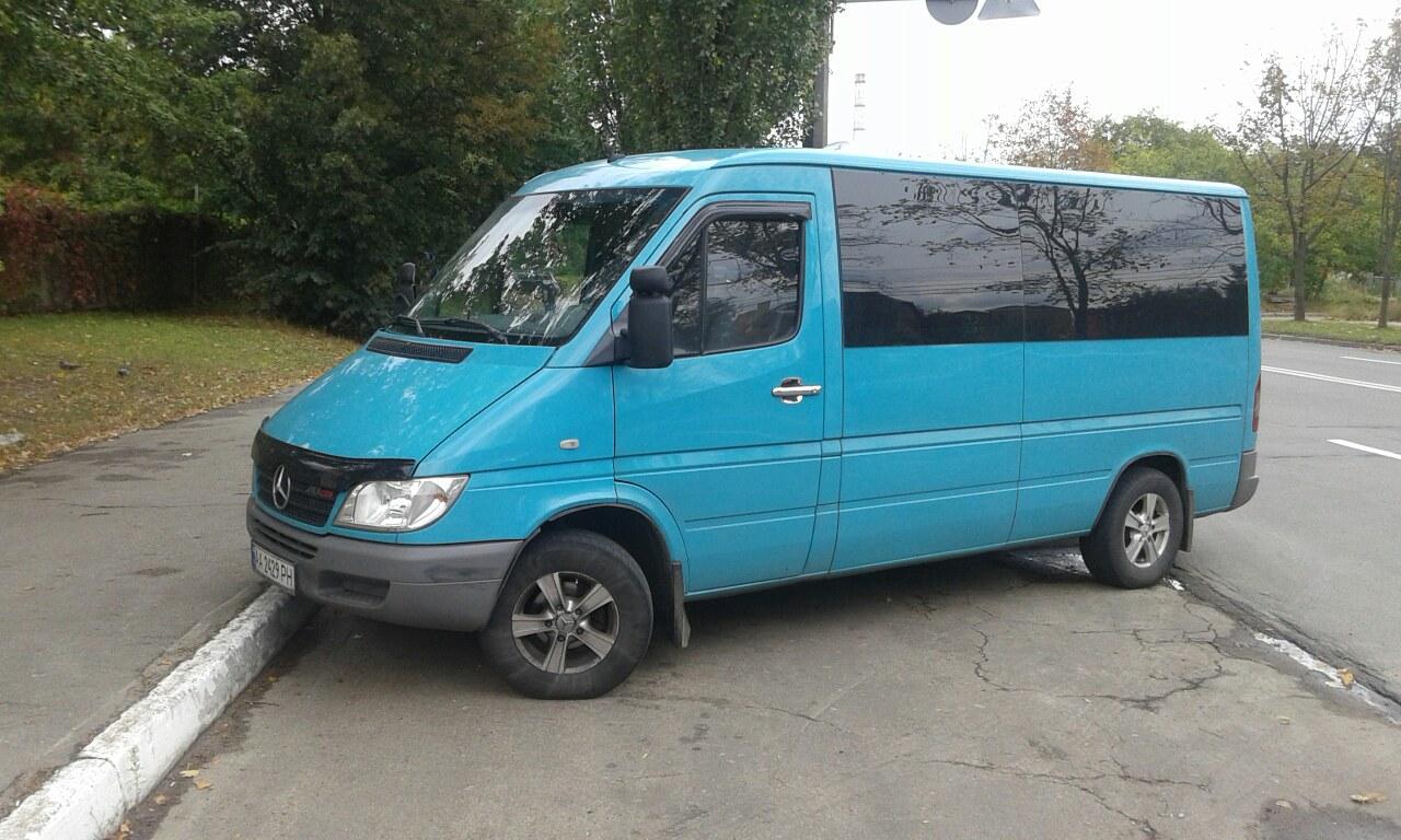 Аренда микроавтобуса на 10 мест Киев Mercedes Sprinter