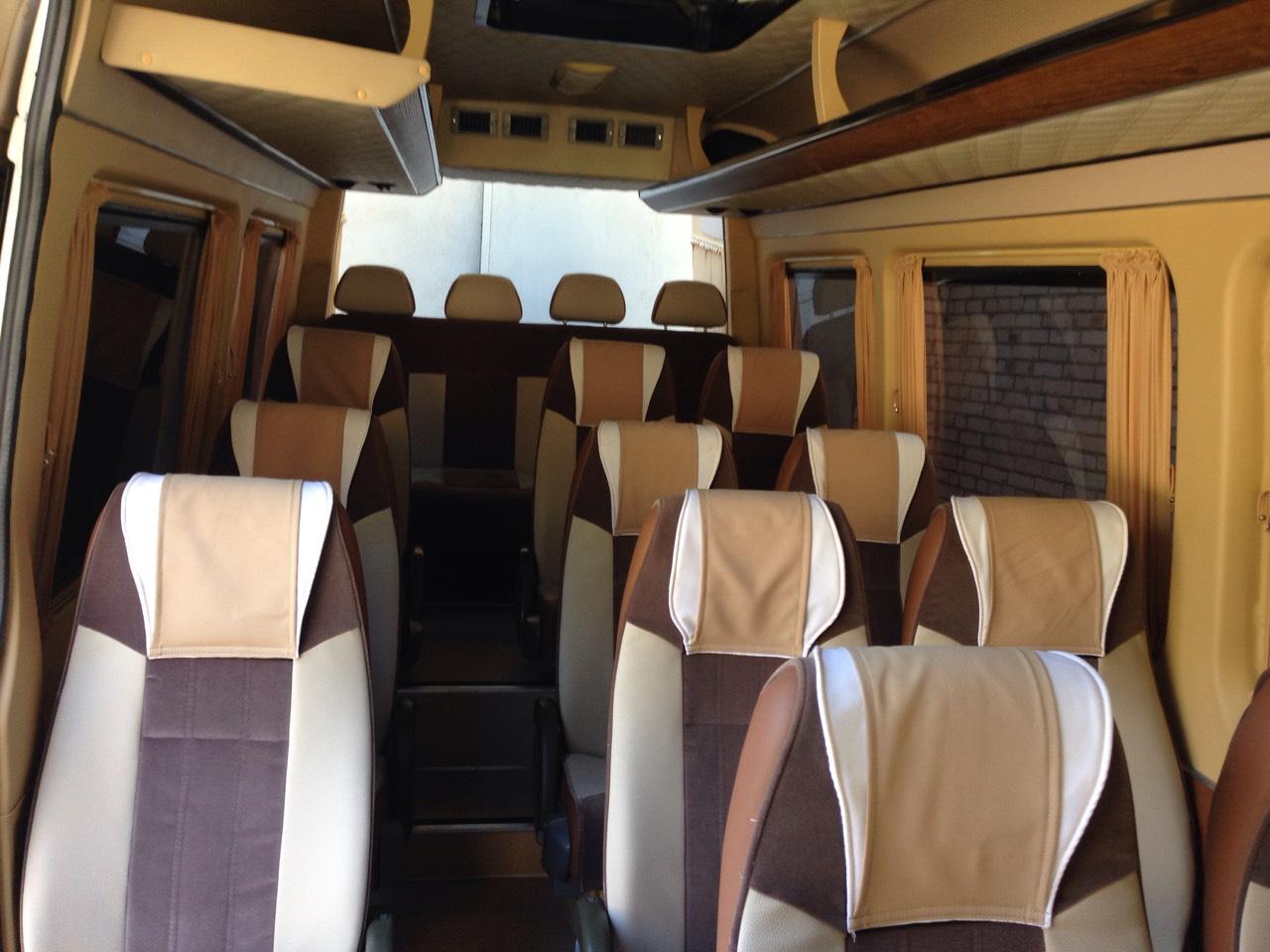 Заказать микроавтобус с водителем в Киеве Mercedes Sprinter