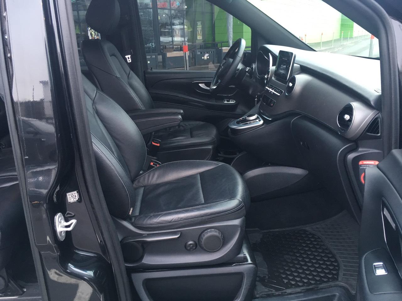 Rent minivan Mercedes V-klass Kiev