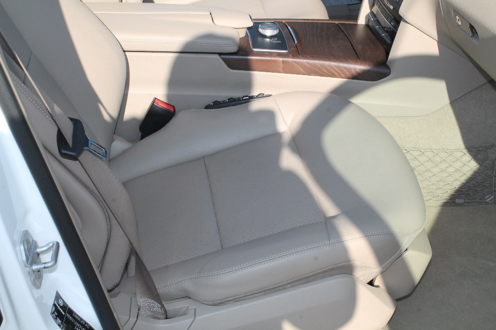 Аренда авто бизнес класса с водителем Mercedes W212 Белый